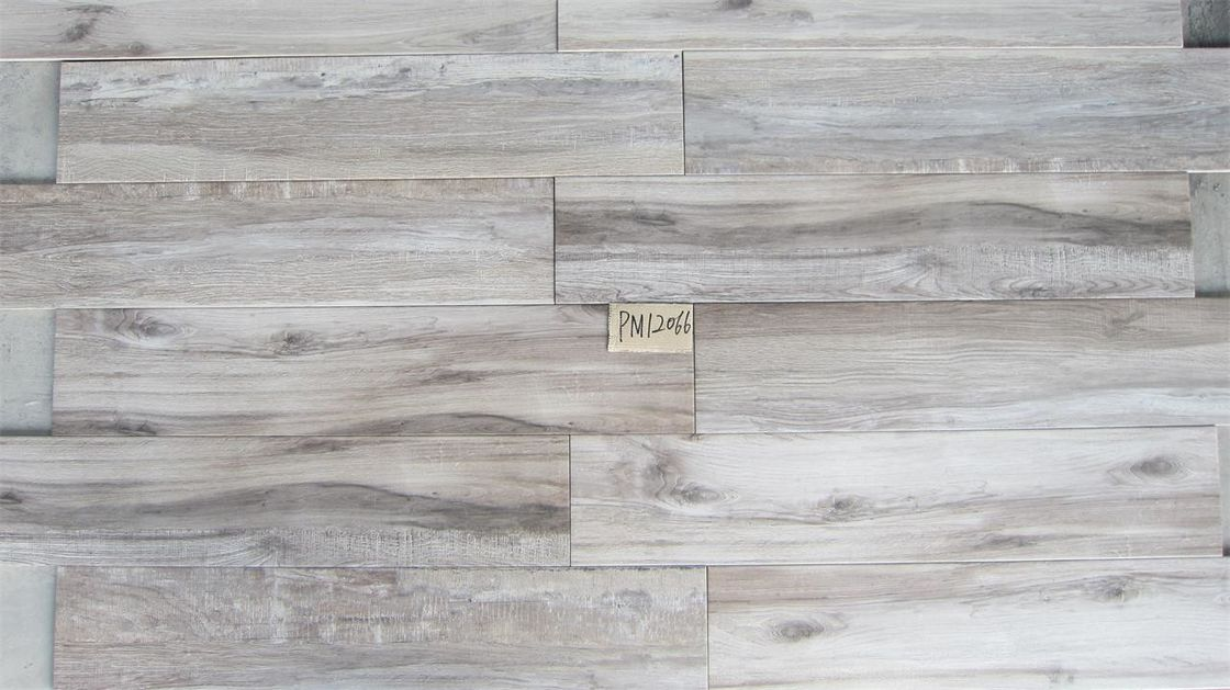 Light Gray Color Ceramic Tiles Wood Design Non Rectified Edge Matt