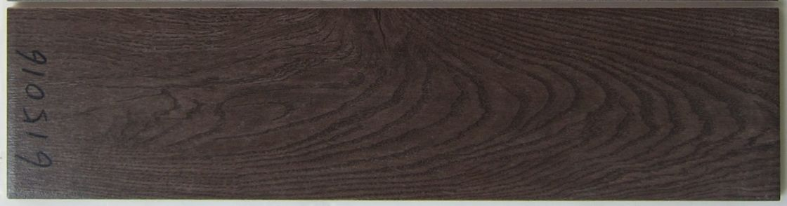 Living Room Decoration Wood Grain Tile / Ceramic Wood Tile Ceramic Clay Material