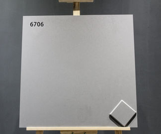 China 8mm Thickness Interior Porcelain Tile Flooring Grey Color For Villa factory